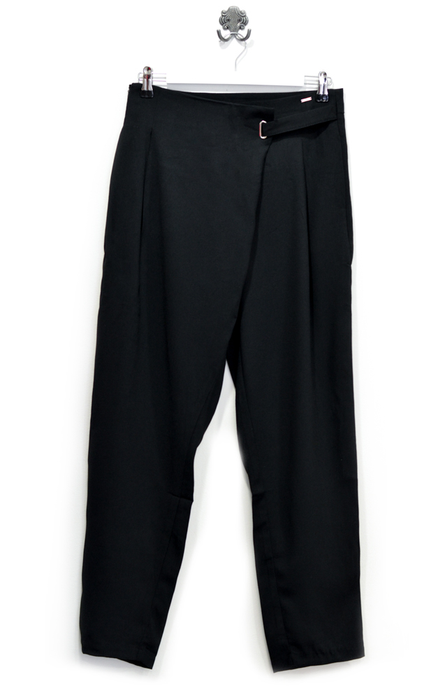 black-high-waist-wide-leg-trousers
