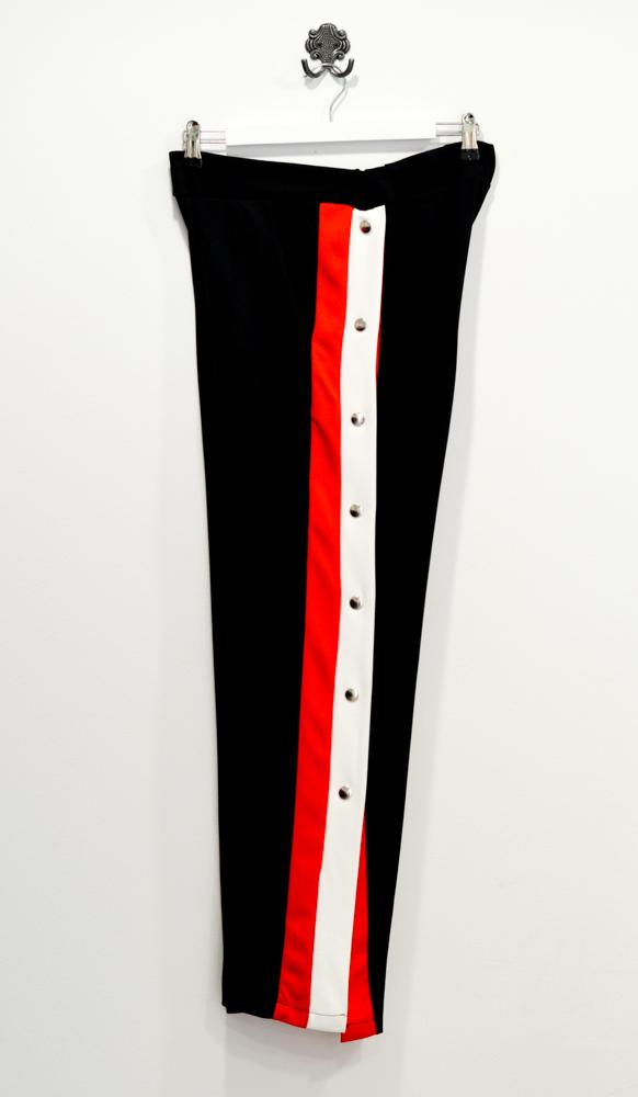 black-jogging-trousers