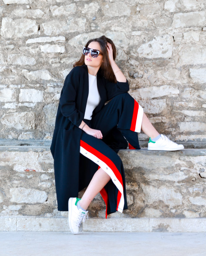 black-jogging-trousers-with-red-and-white-stripe